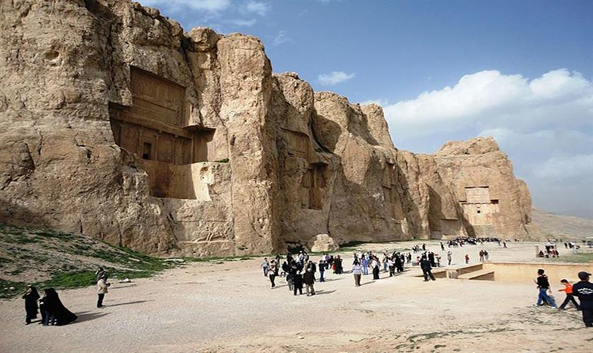 EL Minya Day Trip from Cairo by private Car