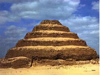 Day Trip to Giza Pyramids & Sakkara from Port Said
