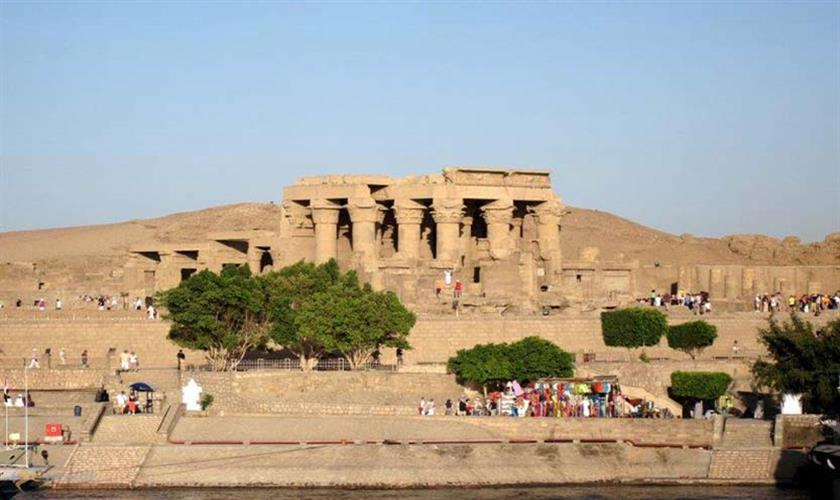 trips from luxor